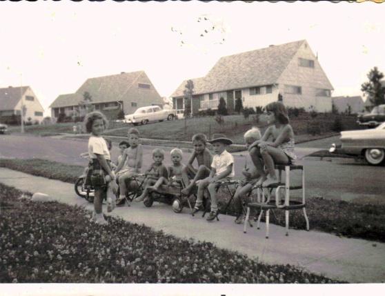 That's me teaching the neighborhood kids.